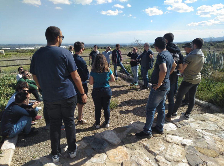 Un grup d'estudiants d'enginyeria de la URV visiten la Torre de la Mixarda